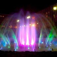 цветовой фонтан :: Андрей Асеев