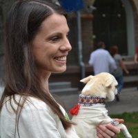 Незнакомка с собачкой :: Алена Реброва