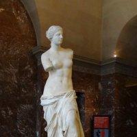 Венера Милосская в Лувре. :: Ольга
