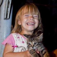 мысли котика-Чего смешного, не пойму... :: Елена Бармакина
