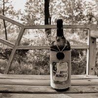 Бутылка вина :: Филипп Жунку