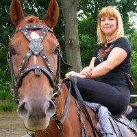Девушка на лошади :: Ростислав