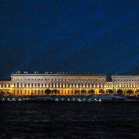 Пргулка по Неве :: Виктор Осипчук