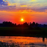Закат над рекой :: Сергей Рудницкий