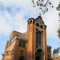 Церковь Св. Иоанна  Богослова на Монмартре :: ИРЭН@ .