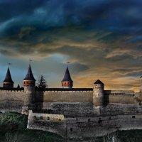 Суровый вечер в Каменец-Подольском :: Sergey-Nik-Melnik Fotosfera-Minsk
