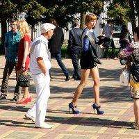 Увидел фею, иду за нею  и молодею, и молодею! :: Владимир Болдырев
