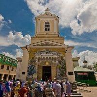 Монастырь св. Луки Крымского в Симферополе :: Евгений Анисимов