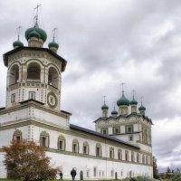 Николо-Вяжищский женский монастырь, XIV в. :: Игорь Свет