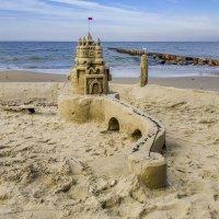 Замок из песка ... :: Михаил Юрин