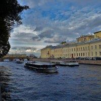 1 октября на Фонтанке реке... :: Sergey Gordoff