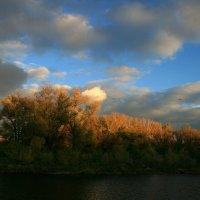 Напомни, осень, музыку ветров, сыграй мотив - простой и гениальный ... :: Евгений Юрков