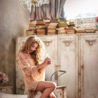 Босая дева в лучах солнца :: Илона Баимова