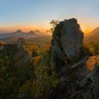 Хребет горы Острогорка :: Фёдор. Лашков