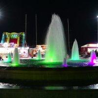 Ночной фонтан :: Сергей Беляев