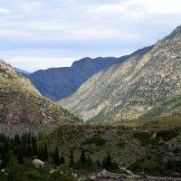 Лучше гор могут быть только горы... :: Татьяна Лютаева