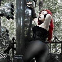 Вишневый Вампир - дубль третий :3 :: Михаил Менделеев