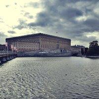 Стокгольм осеннее небо :: Alm Lana