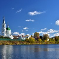 Осень на Волге :: Oleg S