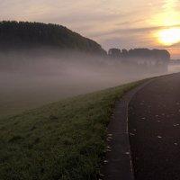 Жемчужные сети тумана :: Alexander Andronik