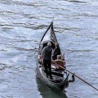 Venezia. Gondola sul canal Grande. :: Игорь Олегович Кравченко