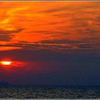 Пусть удачным будет день! Радостным, хорошим, пусть не  капли на другие будет непохожим! :: Анатолий Восточный