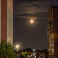 Луна... :: Сергей К.