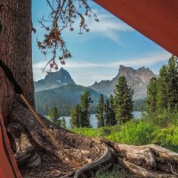 Вид из палатки :: Сергей Карцев
