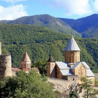 Крепость Ананури :: Елена Даньшина