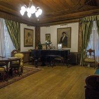 Внутреннее убранство гостиной в доме П.П. Чистякова. :: Олег Бабурин