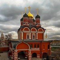 Собор иконы божией матери знамение бывшего Знаменского монастыря :: Павел