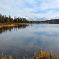 Тишина над озером. :: Валерий Медведев