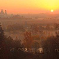 Осенний рассвет в Истре :: Евгений (bugay) Суетинов
