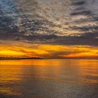 Прекрасное мгновение заката :: Александр Пушкарёв