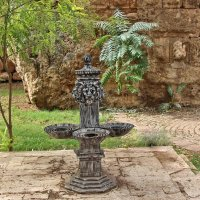 В парке у древних стен :: Nina Karyuk