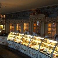 Кафе сладостей ... :: Лариса Корж