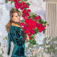 С гирляндой цветов. :: Александр Лейкум