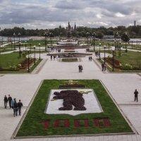 Памятник 1000-летия Ярославля. :: Юрий Велицкий