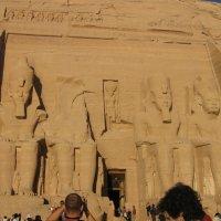 храм Абу-Симбел,храмы фараона Рамзеса ІІ :: tina kulikowa
