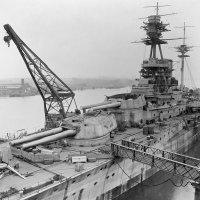 """""""HMS Resolution"""". battleship.19.08.1916 г.достройка на плаву. :: Александр"""