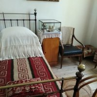 Кровать уже не молодого Льва Николаевича Толстого (1828-1910) :: Gen Vel