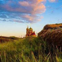 Храм в пос.Жемчужный Хакасия :: Nikolay Svetin