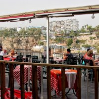 В ресторане над гаванью :: Nina Karyuk