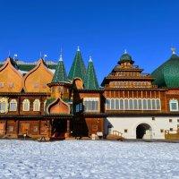 Дворец царя Алексея Михайловича в Коломенском :: Константин Анисимов