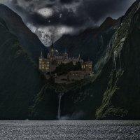 Новая Зеландия. Милфорд Саунд. Замок в лунную ночь :: Андрей Левин