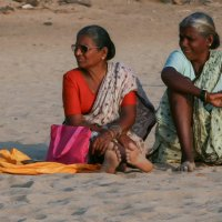 На пляже в Мумбаи. :: Евгений Евтюнин