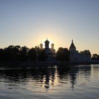 «Визитная карточка», по которой Кострому невозможно не узнать  − это Ипатьевский монастырь :: Нина Рубан