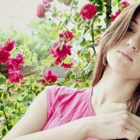 У роз :: Мария Булгарь