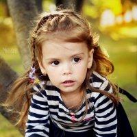 На дереве) :: Nataliya Belova