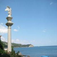Статуя и море :: Mikhail Devlyashov